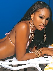 Hot ebony model Lyric showing her amazing brown body