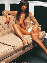 Very hot babe Candace in glamour photo session - Pics