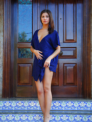 Zelda's elegant beauty and gorgeous body stands out in this royal blue set - Pics