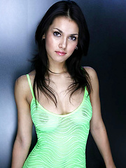 Hot Maria Ozawa teasing in mini green skirt
