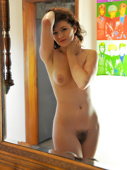 Young model shows her hairy pussy - Pics