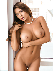 Busty Madison Ivy Gets A Naughty Hard Fuck With Her... - Pics