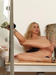 Julia Ann toys her tight asshole! - Pics