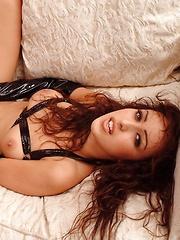 Breanne Benson - shows off her favorite bedroom items - Pics
