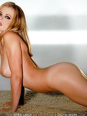 Chantelle Fontain - is a beautiful fresh blonde with a natural body