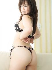 Hot Asian Teen Mizuki Doumoto - Pics