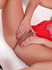 Gorgeous Redhead Terry Cums Via Double Penetration - Pics