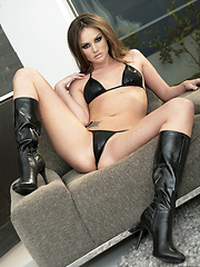 Tori Black strips a leather bikini before frigging herself - Pics