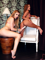 Lexi Belle and Melanie Rios enjoy lively lesbian licking