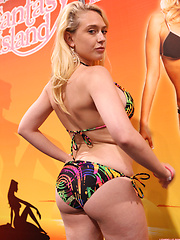 Lexi Belle makes a public appearance at an event