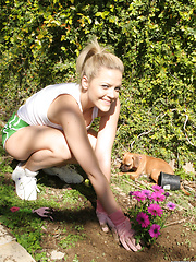 Alexis Texas in her garden at home before masturbating