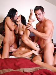 Breanne Benson and two other pornstars fuck one guy - Pics