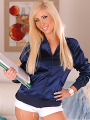 Tasha Reign slips and slides with her fingers