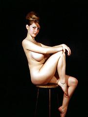 Busty babe Melinda Windsor - Pics