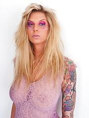 Pink Fishnet - Pics
