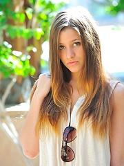 Nicole has a perfect teen body
