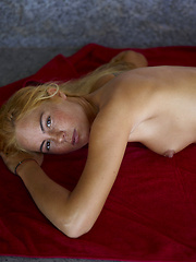 She is sweet, sexy and beautiful! Teen Thea is naked for your pleasure! - Pics