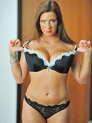 Flexible sexual Katherine - Pics