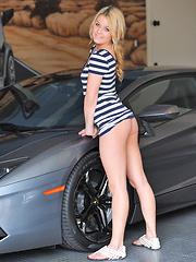 Chloe wearing dress and no panties - Pics
