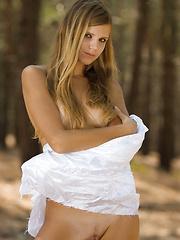Iveta C - MANIERE