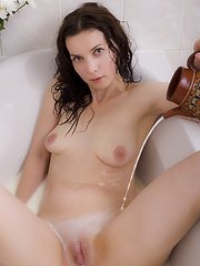 Teasing in the bathtube