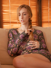 Phoebe Keller Loose Knit - Pics