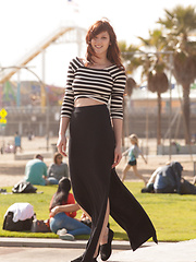 Ellena Woods Bonus SM - Pics