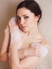 Anita E - SEGYE