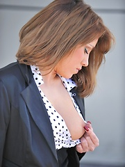 Lidia gets hot and nasty - Pics