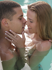 Caprice and Carrie kissing in the pool, then Marcello and Jake join them and heat things up - Pics