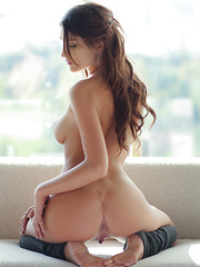 Hot girl gets fucked - Pics