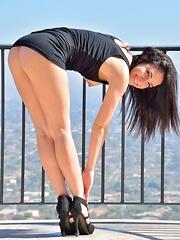Nicki Erotic Pool Play - Pics