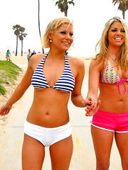 Lola and gianna invite karlie over for some girl fun come watch these amazing hot babes - Pics