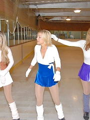 Meg and nikki go iceskatin for some hot lesbo chik to take back to the pad in these fun n sexy mixed set pics vids - Pics