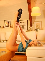 Hayley Marie Coppin - Phone Call - Pics