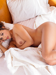 Ana Cheri - Pics