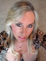 Wifey Bares Huge Tits Gets Huge Cum Facial - Pics