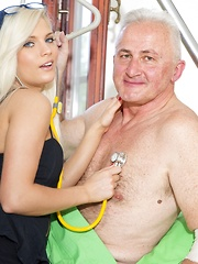 The Nurse And The Pervert - Pics