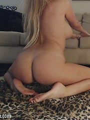 xoGisele gets on her knees to give her dildo a good BJ before she rides it